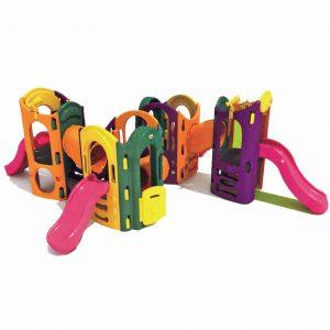 مجموعه چهار برج دارای چهار سرسره مناسب تمامی مکان های تفریحی کودک