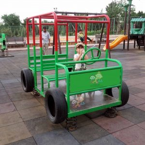 فروش جیپ و اتوبوس کودک نو و دست دوم به صورت نقد،اقساط و شرایطی در قم مناسب استفاده در فضاهای باز بسیار ایمن با ارسال فوری به سراسر ایران